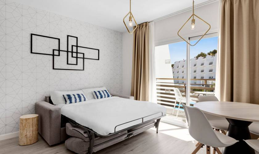 Zimmer hotel palmanova suites by trh magaluf